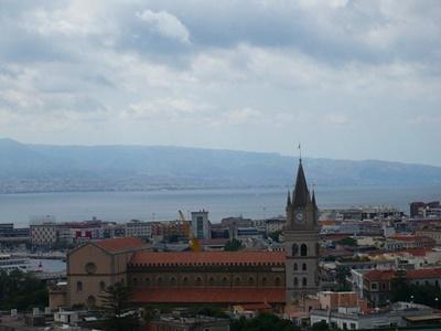 地震から再興した町メッシーナ
