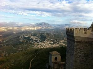 天空の街エリチェから見下ろす絶景