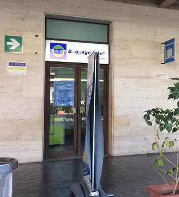 パレルモ中央駅の荷物預り所