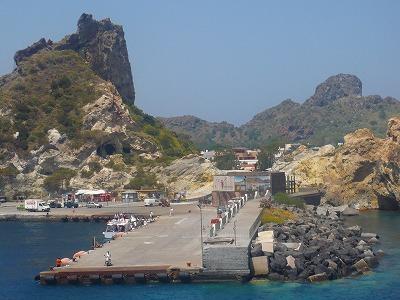 ヴルカーノ島を周遊